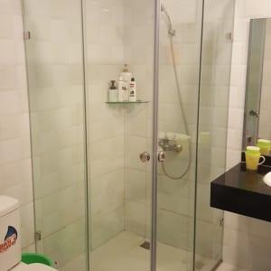 Buồng tắm đứng
