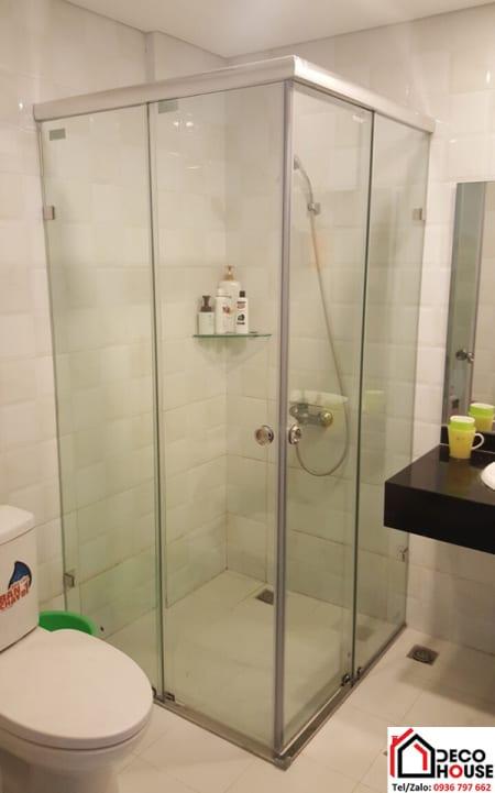 Cabin nhà tắm kính nhỏ