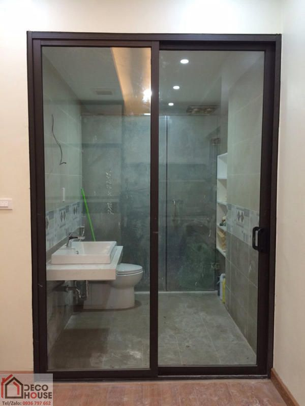 Cửa lùa nhôm Xingfa 2 cánh nhà vệ sinh