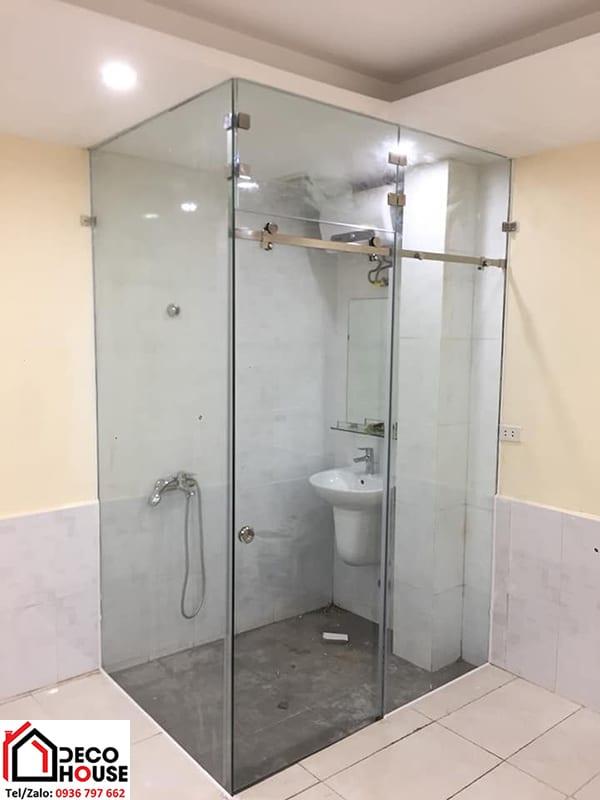 Lắp cabin tắm lùa kính cường lực đẹp