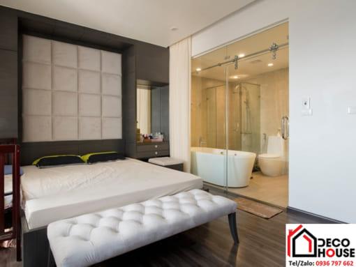 Phòng tắm kính cường lực trong phòng ngủ
